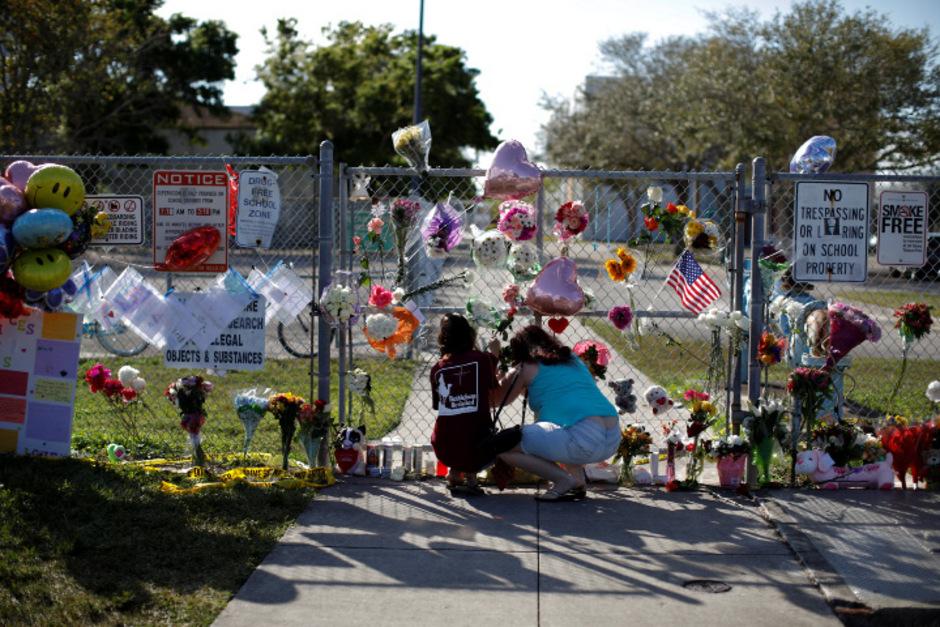 Erinnerungen an die Opfer von Parkland.