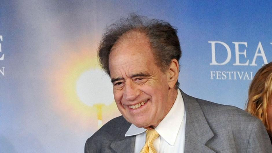 Der 91-jährige Filmproduzent stammt aus Basel und durfte bereits sechs Oscars entgegennehmen.