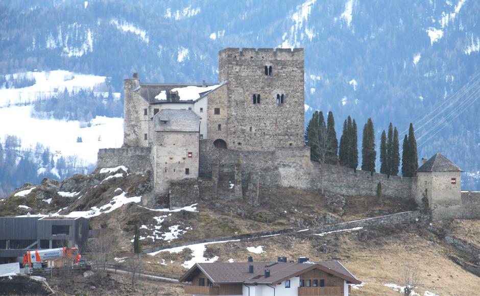 Klettersteig Quarzit Wand Burg Laudeck : Tirol magazin burg laudegg von ladis aus bursaoynaridernegi