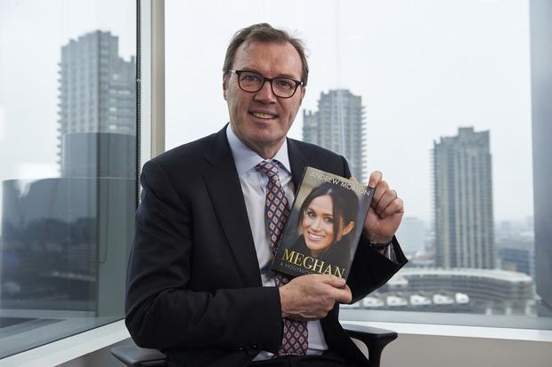 Andrew Morton hat die Biografie über Prinz Harrys Braut geschrieben.