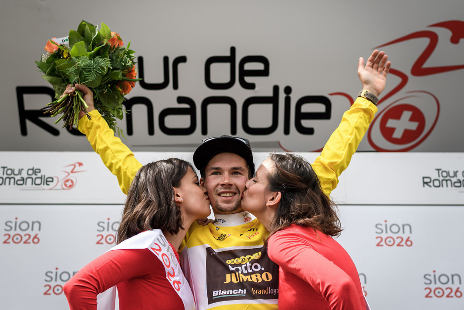 Holte sich seine Sieger-Bussis ab: Primoz Roglic.