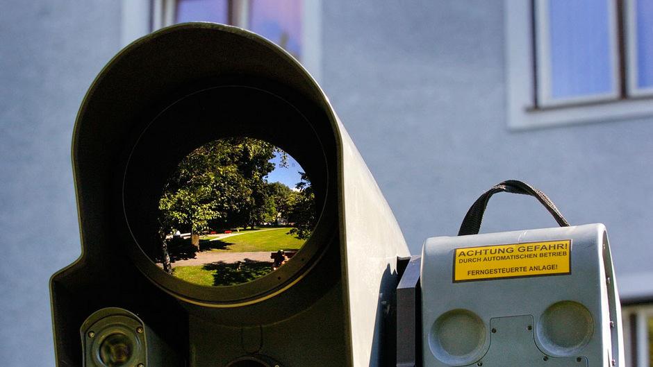 Bisher wurde der Rapoldipark von Überwachungsbussen der Polizei beobachtet. Jetzt werden über 60 Kameras fix installiert.