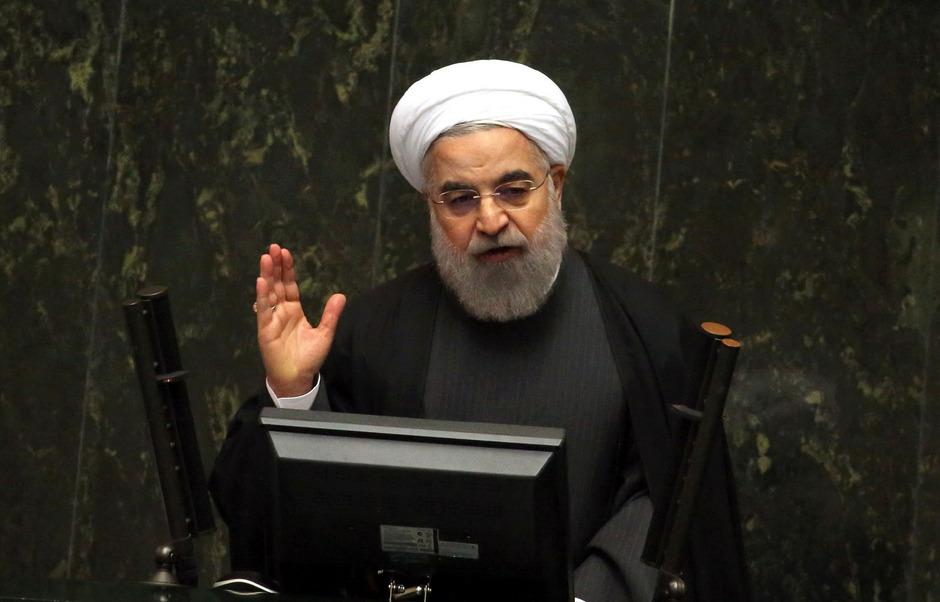 Als entscheidender Faktor könnte sich der Machtkampf zwischen dem gemäßigten Flügel um Präsident Hassan Rouhani (Bild) und den Hardlinern um Ayatollah Ali Khamenei erweisen.