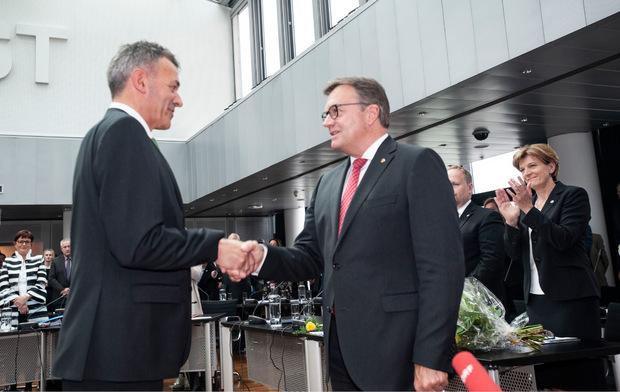 Bürgermeister Georg Willi mit Landeshauptmann Günther Platter.