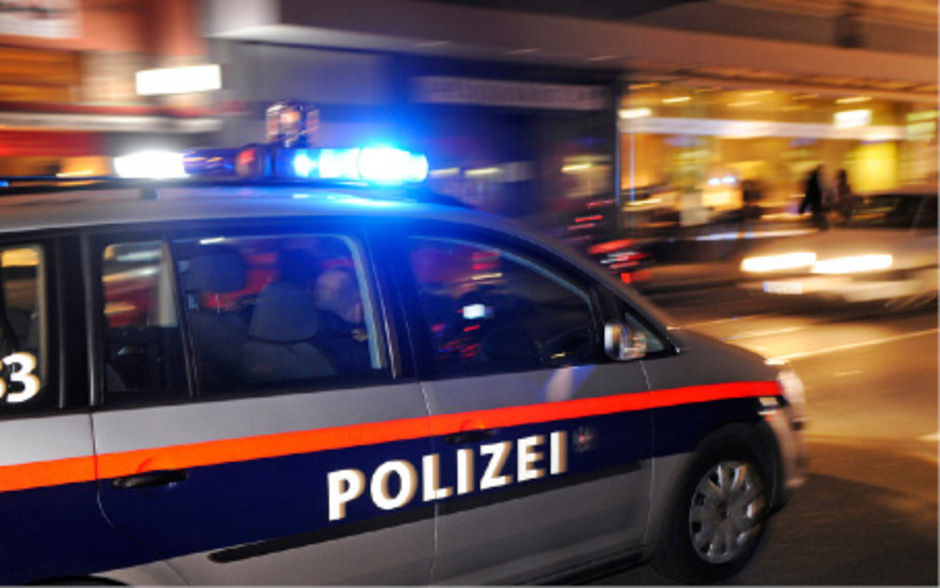 Mann Zog Bei Polizeieinsatz In Linz Pistole Tiroler Tageszeitung