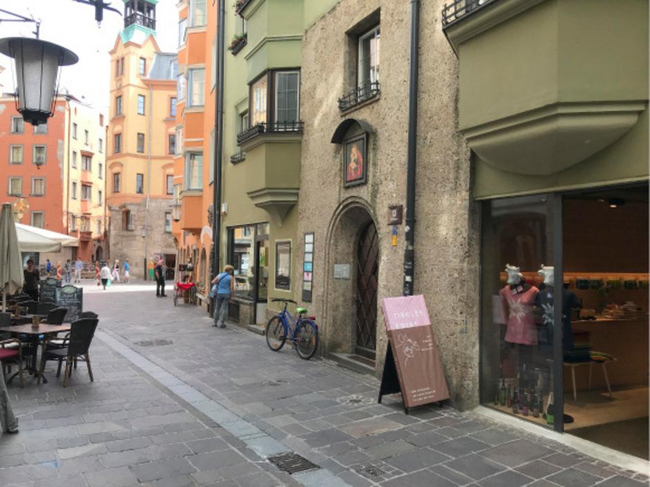 Kind übersteht In Innsbruck Sturz Aus Sieben Metern Leicht Verletzt