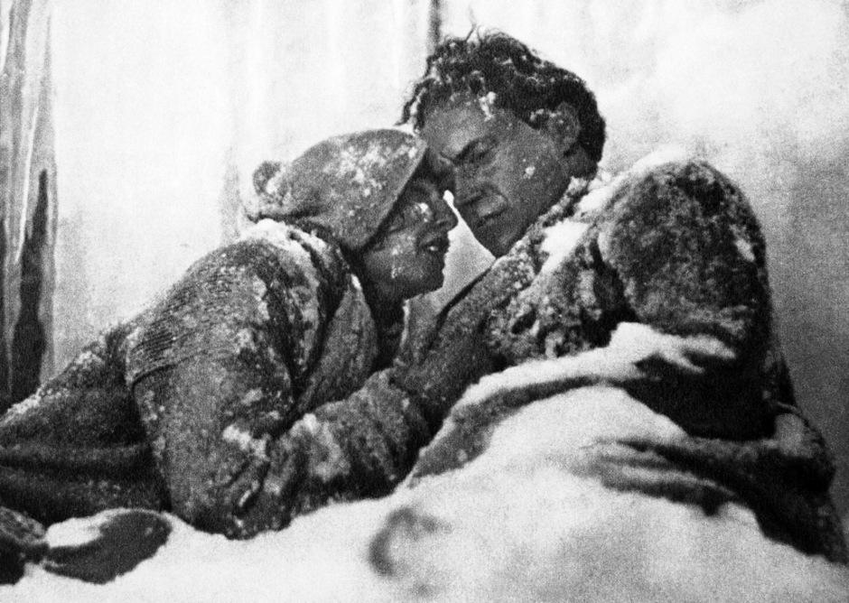 """Leni Riefenstahl in """"Die weiße Hölle von Pitz Palü""""."""