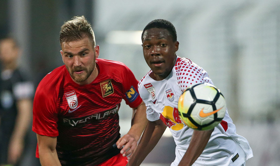 Lukas Grozurek geht künftig für Sturm Graz in die Zweikämpfe.
