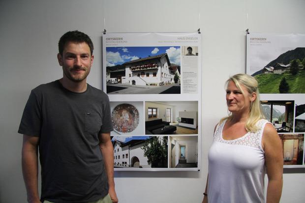 Marianne und Bernhard Hofer haben sich eine Wohnung in der alten Tenne des Elternhauses geschaffen.