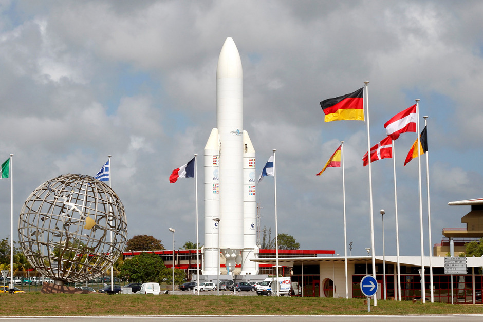 Eine Ariane-5-Rakete am Weltraumbahnhof Kourou.