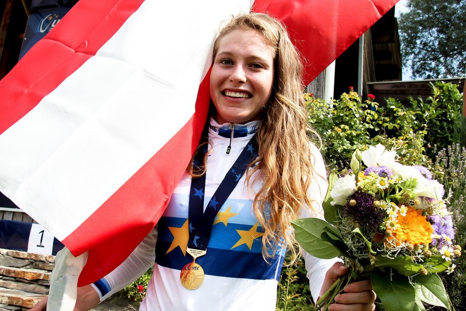 Bereits zum fünften Mal durfte Laura Stigger über EM-Gold jubeln.