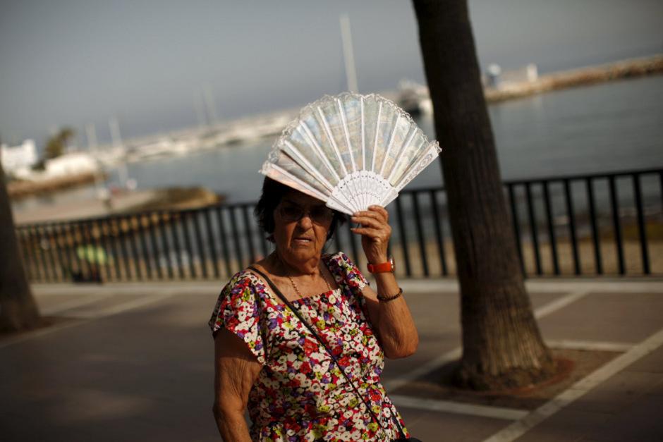 Die Spanier stöhnen unter der Hitze von 40 Grad und mehr.