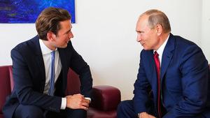 """Die Koalition sieht den Besuch als """"Geste der Wertschätzung gegenüber Österreich"""" und weist jede Kritik zurück."""