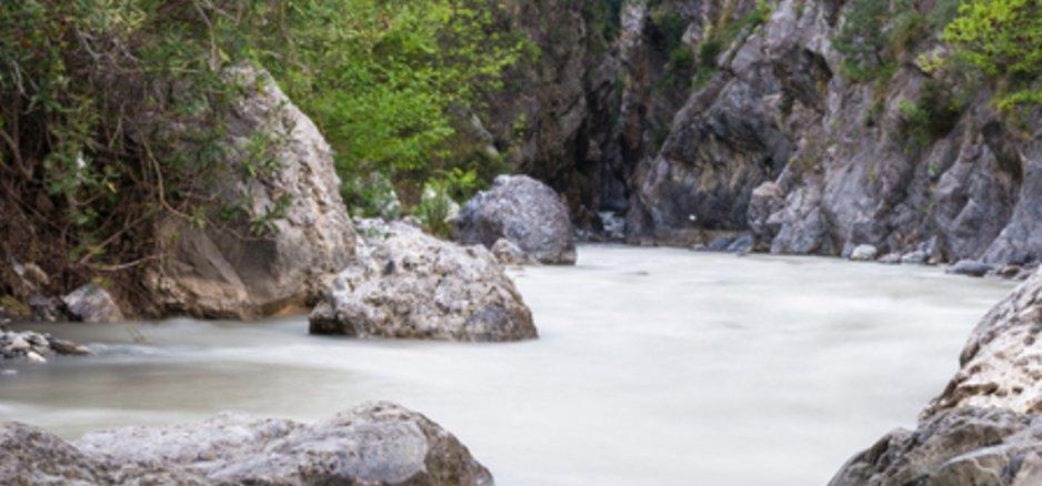 Blick in die Raganello-Schlucht in der italienischen Region Kalabrien.
