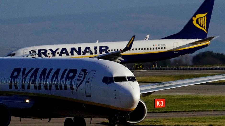 d0dad46e039f0 Ryanair-Gebühren auf Handgepäck  Nur mehr kleine Tasche erlaubt ...