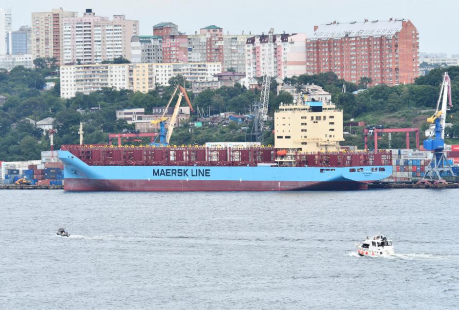 Das Maersk-Containerschiff vor der Abfahrt.