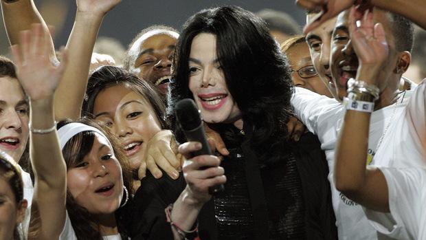 Michael Jackson wurde zeitlebens von seinen Fans umringt.