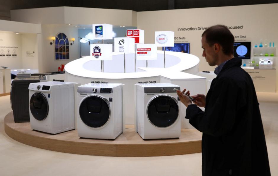 Siemens Kühlschrank Hört Nicht Auf Zu Piepen : Siemens geschirrspüler sx me a mediamarkt
