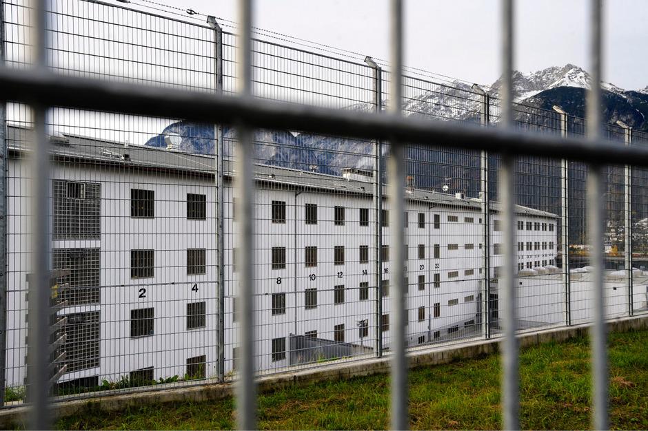Auch in Innsbruck soll das Personal im Zieglstadl aufgestockt werden.