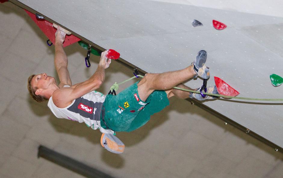 Jakob Schubert beim Training in der Innsbrucker Olympiahalle.
