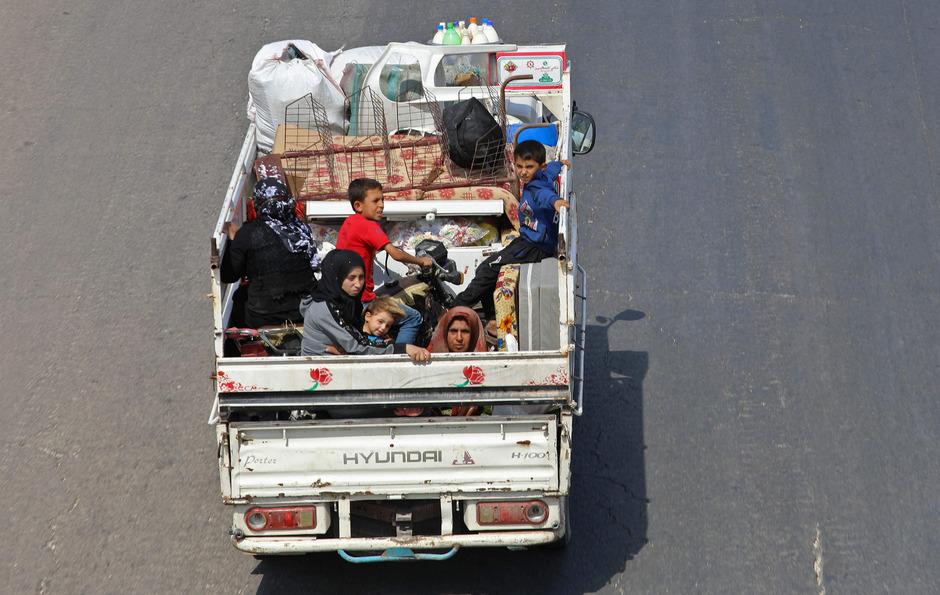 Rund 30.000 Menschen haben die Provinz Idlib bereits verlassen.