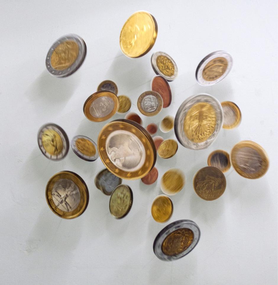 """Das Geld nützt nur, wenn es in Bewegung bleibt – dieses Motto wird bei Thomas Ellers Werk """"The Bounty (Euro)"""" gleich bildlich verarbeitet."""