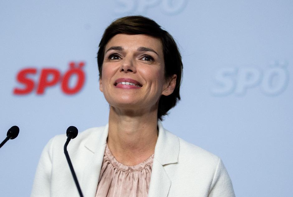 Die designierte SPÖ-Chefin Pamela Rendi-Wagner bei ihrer Antrittspressekonferenz.