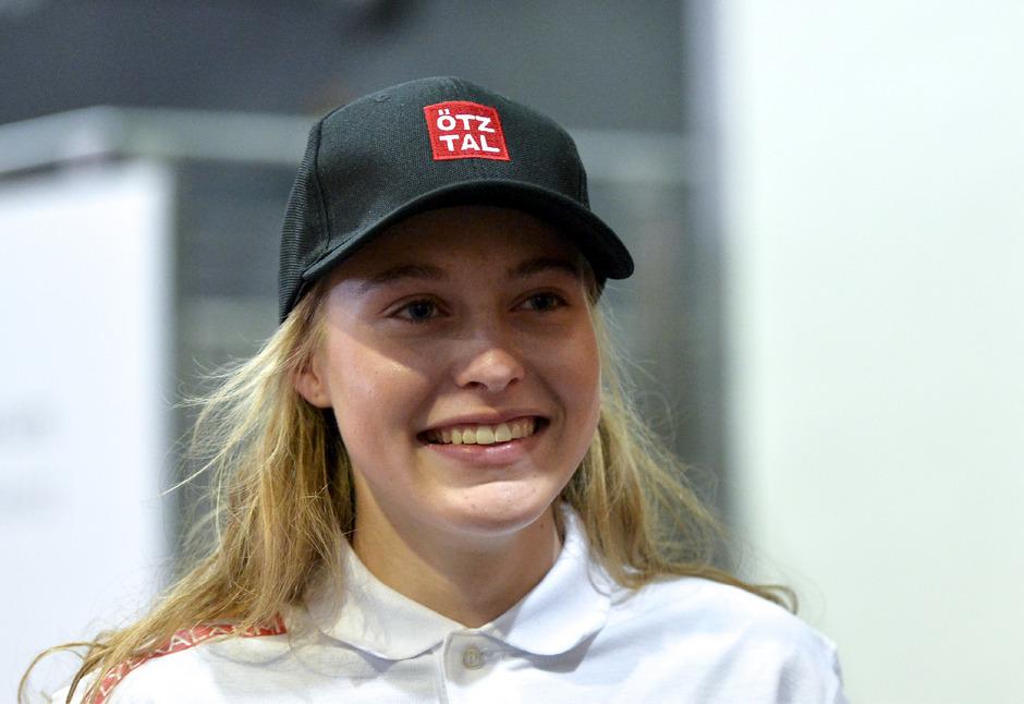 Die zweifache Mountainbike-Juniorenweltmeisterin Laura Stigger sucht heute im WM-Straßenrennen ihre Chance.