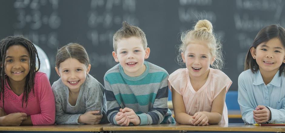 Kinder werden wie Spalierobst behandelt, kritisiert der Neurobiologe Gerald Hüther.