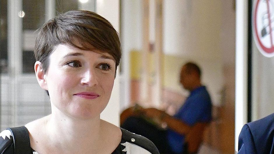 Ex-Grüne Sigrid Maurer vor einer Gerichtsverhandlung wegen übler Nachrede und Kreditschädigung.