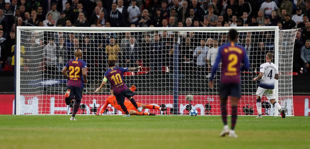 Lionel Messi setzte mit dem Treffer zum 4:2 den Schlusspunkt unter eine denkwürdige Partie.