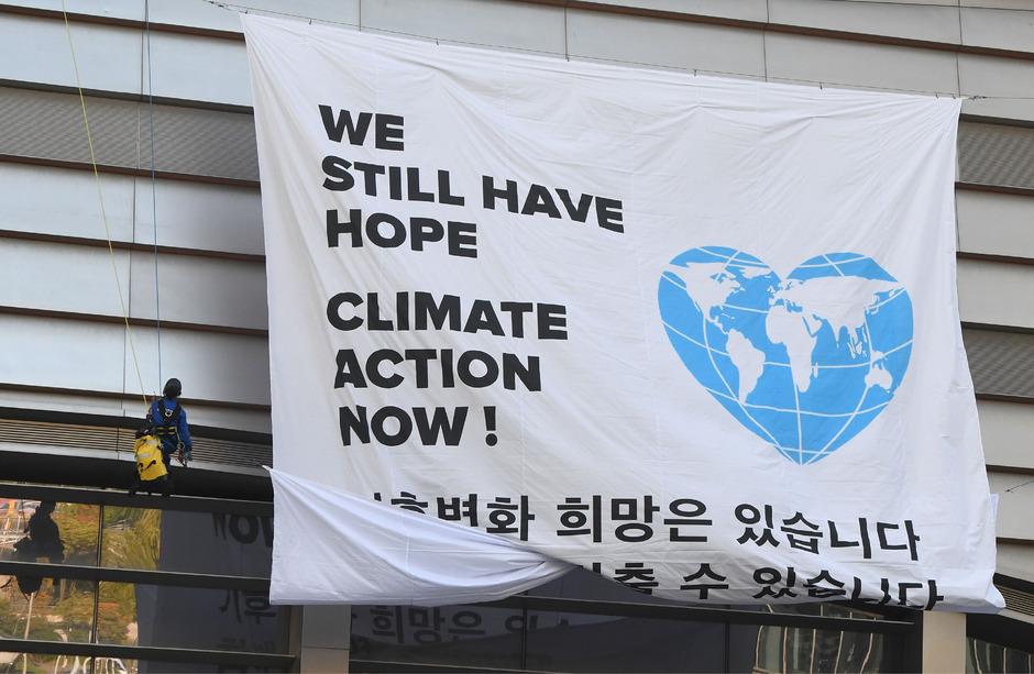 Rasches Handeln ist gefordert: Hier sind sich Klima-Aktivisten und Experten einig.