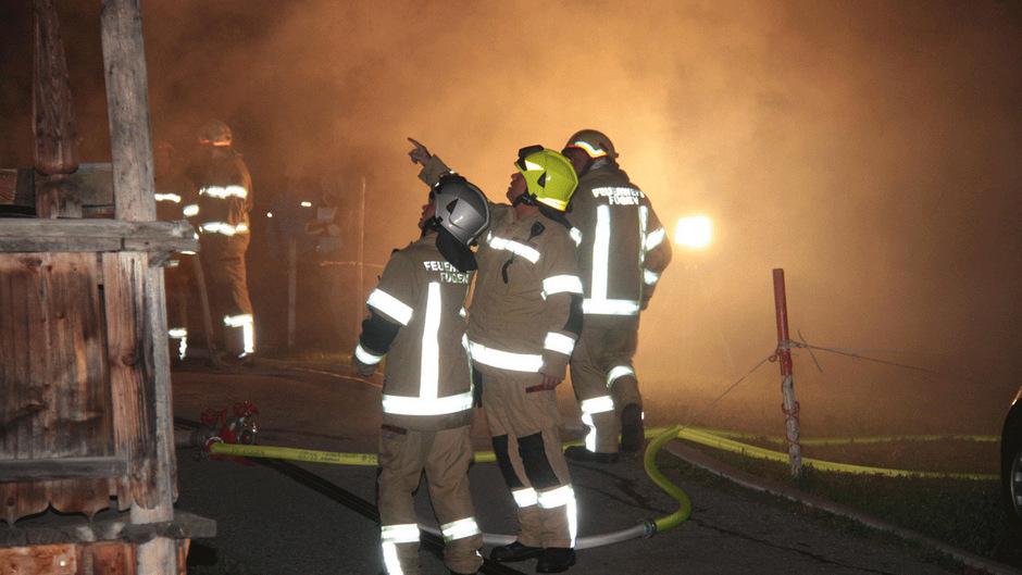 Die Brandursache konnte in der Nacht noch nicht geklärt werden.