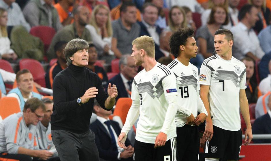 Bundestrainer Joachim Löw präsentierte sich zuletzt angespannt wie selten. Können Timo Werner, Julian Draxler und Leroy Sane (v.l.) gegen Frankreich für einen Befreiungsschlag sorgen?