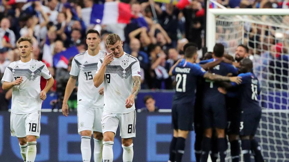 Joshua Kimmich, Niklas Süle und Toni Kroos ließen die Köpfe hängen, während Frankreich jubelte.