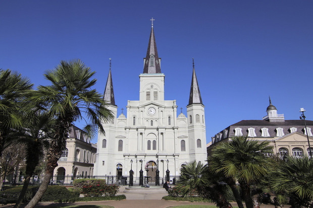 An der Stelle der St. Louis Kathedrale wurde bereits 1727 eine Kirche errichtet.