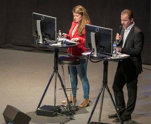 Christina Schwaha (APA) und Floo Weißmann (TT) präsentierten die Fragen des Publikums.
