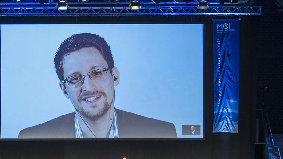 Edward Snowden gestern Abend live in der Innsbrucker Dogana.