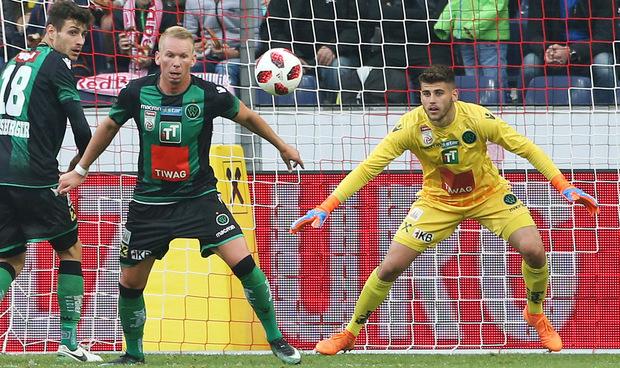 Hidajet Hankic machte bei seinem Bundesliga-Debüt im Wacker-Kasten eine gute Figur.