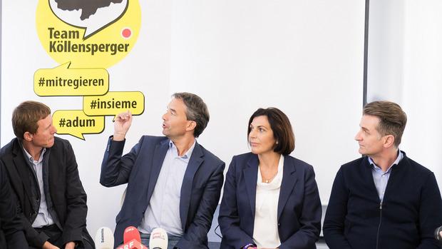 Paul Köllensperger (2.v.l) landete mit seiner gleichnamigen Liste bei der Südtiroler Landtagswahl einen Überraschungserfolg.