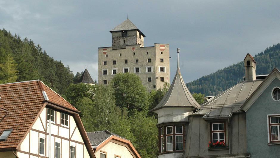 Schloss Landeck öffnet am Nationalfeiertag (Freitag, 26. Oktober) wieder die Tore bei freiem Eintritt. Von 13 bis 17 Uhr stellen sich u.a. Kultureinrichtungen aus dem rätischen Raum vor.