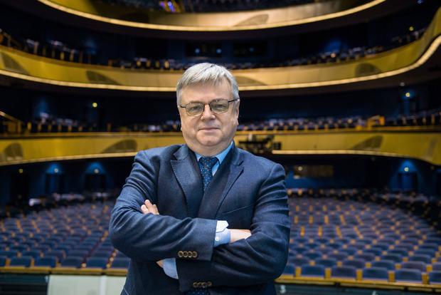 Bernd Loebe wird neuer künstlerischer Leiter der Festspiele Erl.