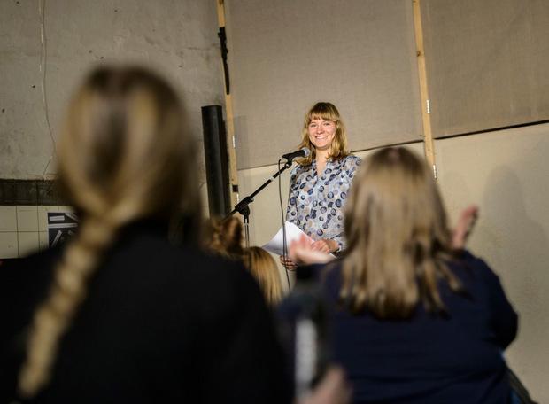 Einmal im Monat findet der beliebte Poetry Slam in der Bäckerei Kulturbackstube statt.