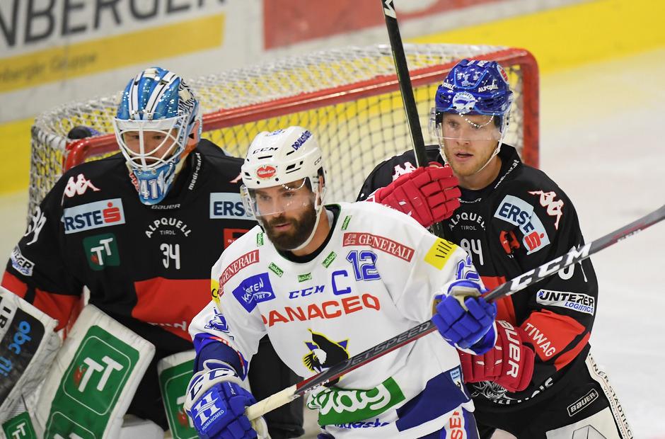 """Sind vorerst """"nur"""" auf Probe bei den Innsbrucker Haien engagiert – Goalie Janne Juvonen und Verteidiger Jonathan Carlsson (r.)."""