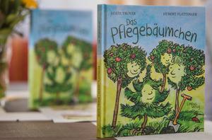 """Troyers Buch """"Das Pflegebäumchen"""" (Limbus Verlag, 16 Euro) soll Kindern in Not helfen."""