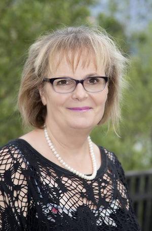 """""""Kinder trauern anders: Erwachsene haben einen Trauerfluss, Kinder springen in Trauerpfützen"""", sagt Gertrud Larcher (Trauerbegleiterin)."""