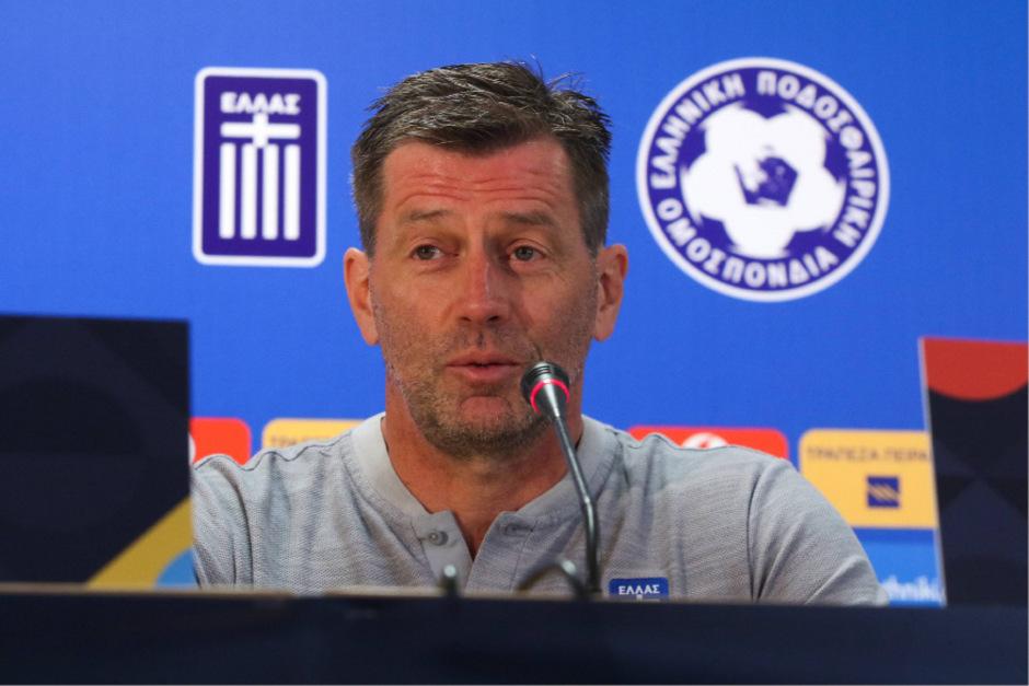 Michael Skibbe muss seinen Teamchef-Posten in Griechenland räumen.