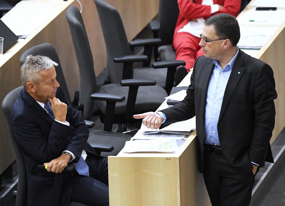 ÖVP-Abgeordneter Reinhold Lopatka (L.) und ÖVP-Klubchef August Wöginger.