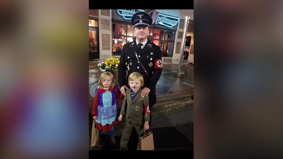 Halloween Kostume Amerika.Vater Als Nazi Sohn Als Mini Hitler Viel Kritik Fur