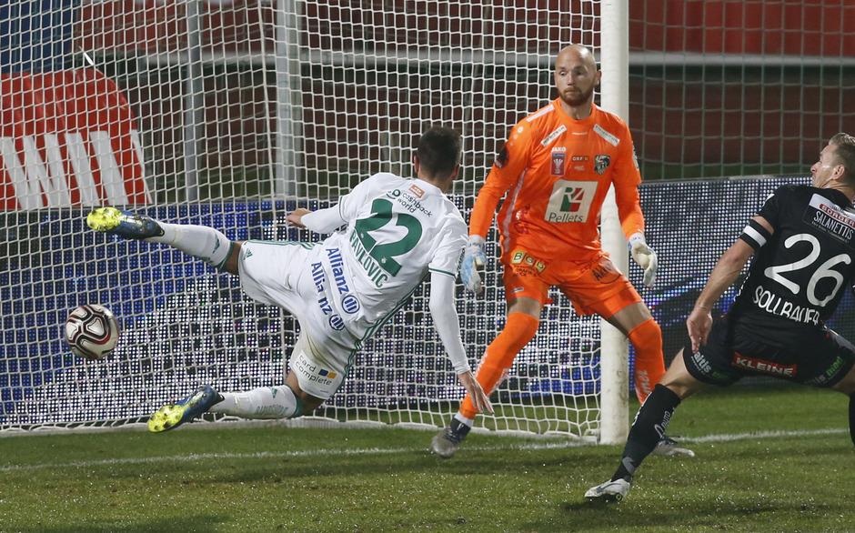 """""""Mr. Doppelpack"""" Andrija Pavlovic stellte beim 3:0 für Rapid die Weichen zum Aufstieg."""